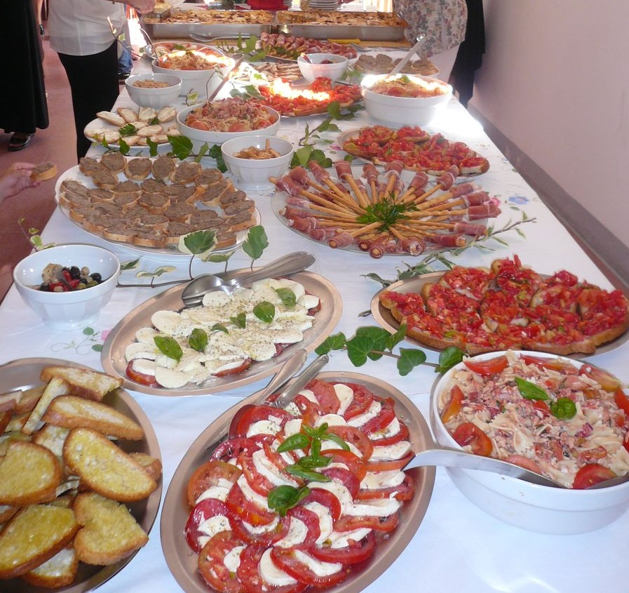 Antipasti- und Salatbuffet (Toskana)